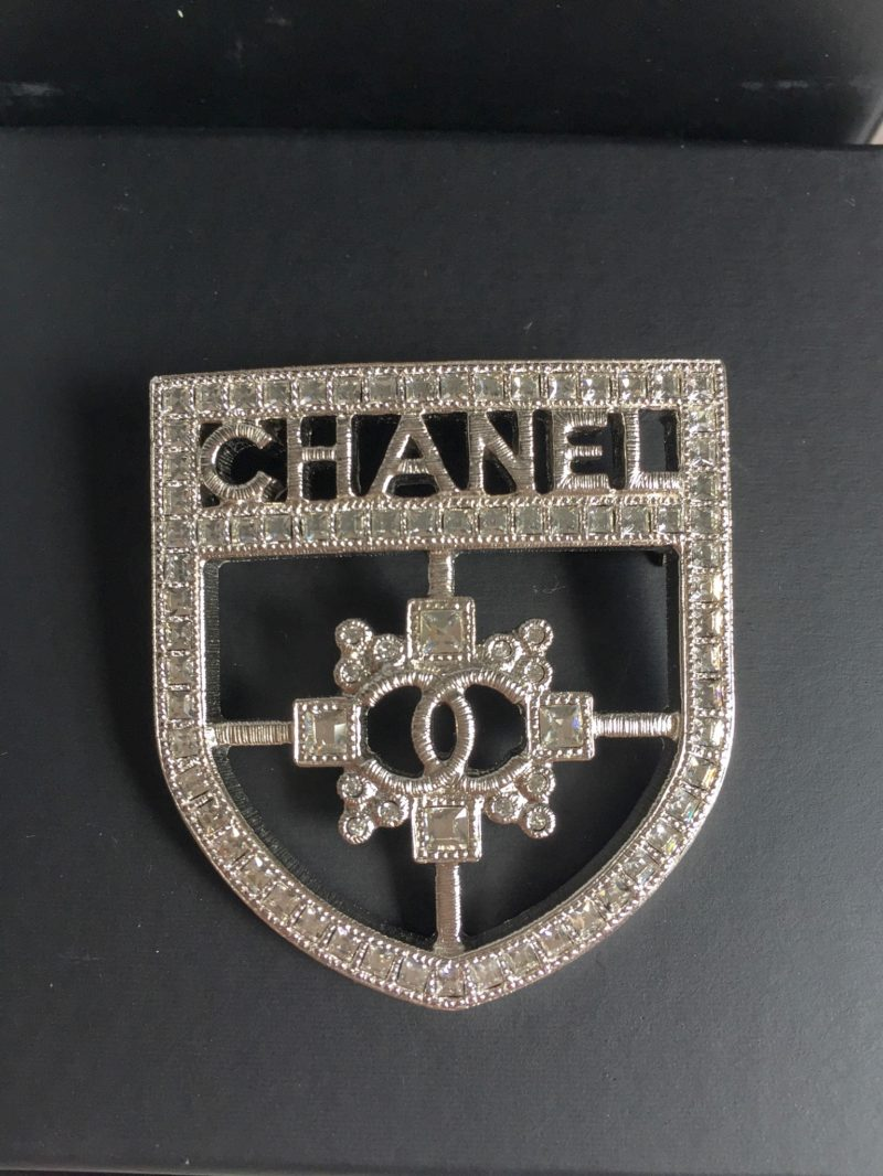 Chanel Brooch collection: double C and Camelia - Lifestyle Tale