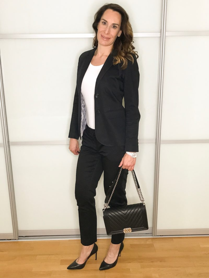 Black suit and high heels Summer business looks