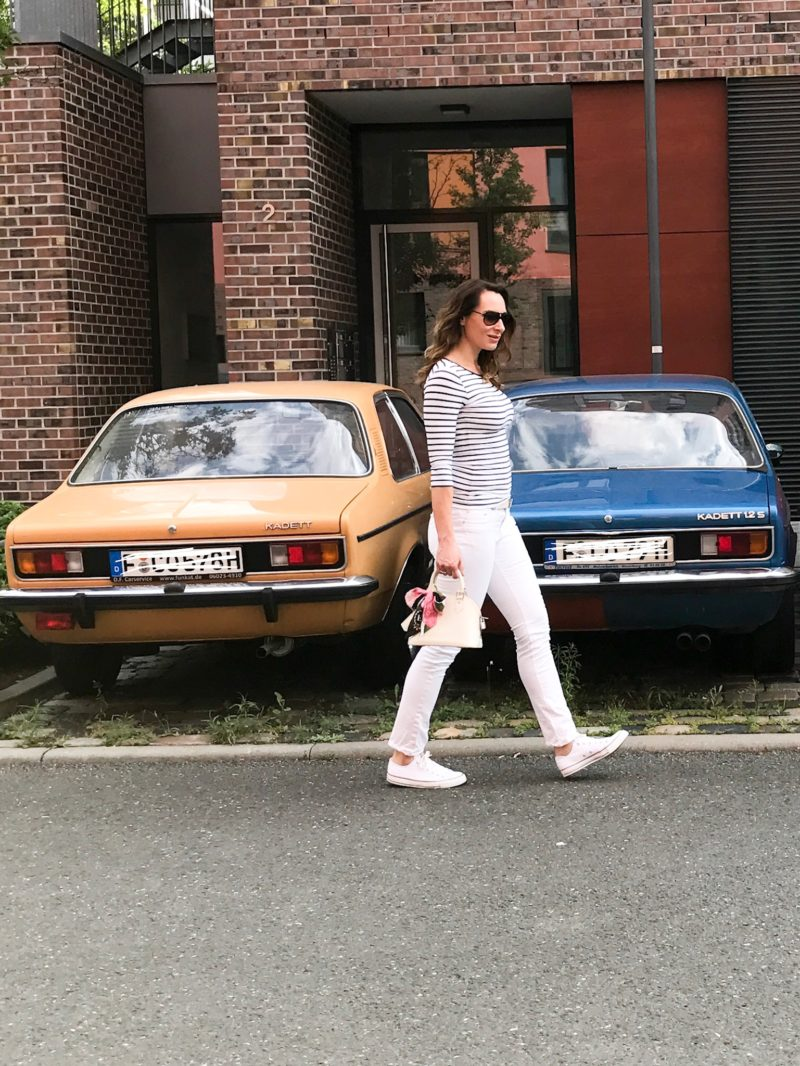 Cars meet fashion: opel kadett and striped shirt